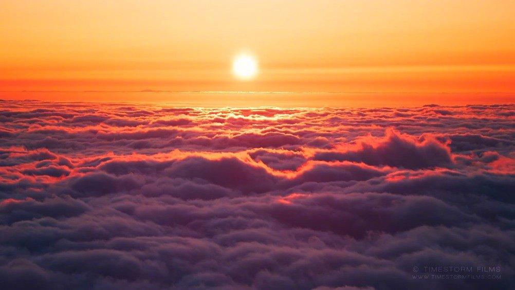 绝美延时摄影《云端之上》