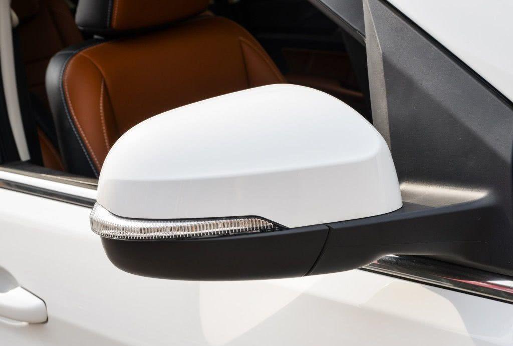 北汽MPV车型,配CVT变速箱油耗7.5L,近5m车长仅8万