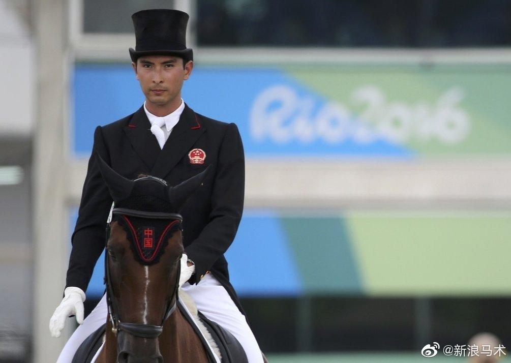 奥运会的马术比赛分为障碍赛、三项赛和盛装舞步三类