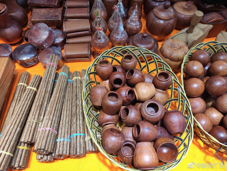 玉石,茶叶,奶茶,红木制品……缅甸馆的这些,你不容错过