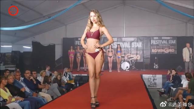 墨西哥业余模特T台赛,时尚比基尼走秀!