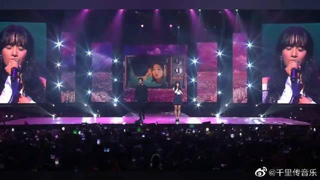 雪娥&灿烈演唱《鬼怪》主题曲《Stay With Me》,太好听了