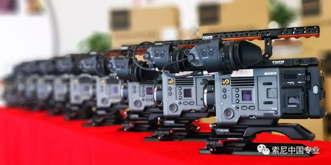 自索尼CineAltaV摄影机去年上市以来,通过不断的固件升级