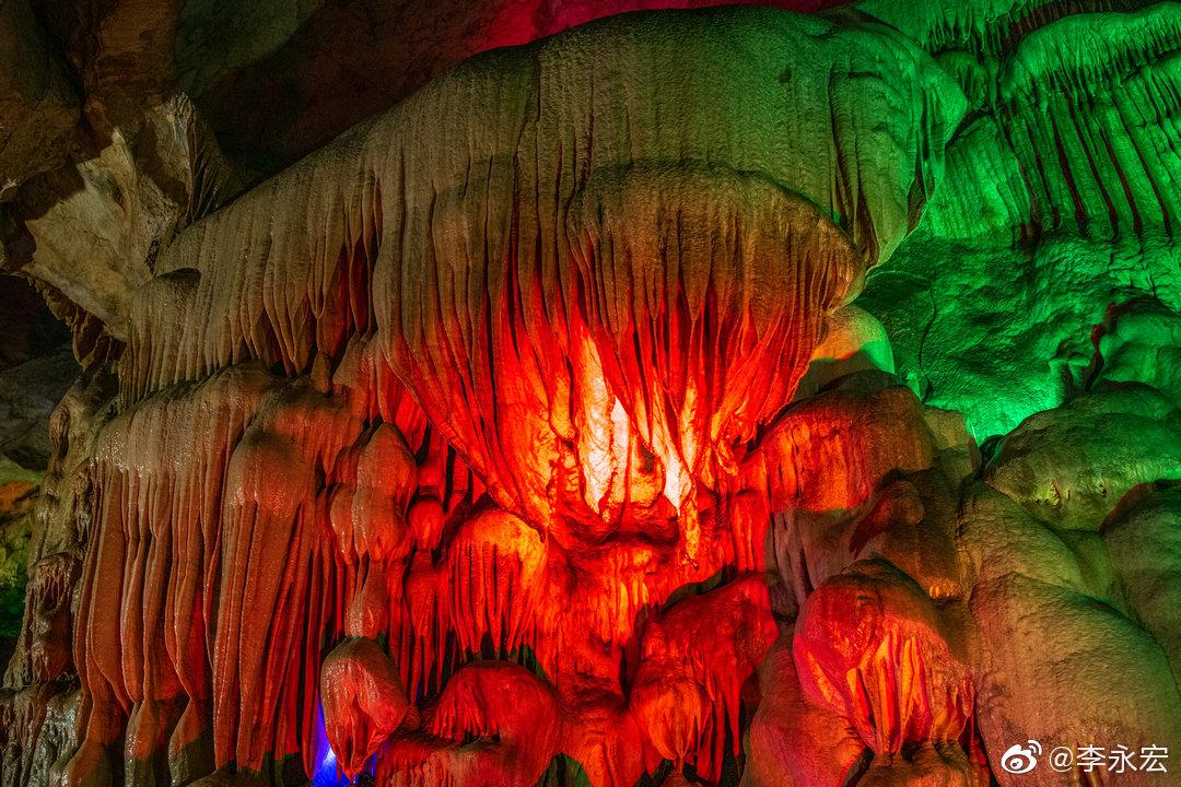 望天洞位于辽宁本溪桓仁满族自治县境内,该洞发育于20万年前