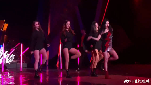 WonderGirls宣美跳了一段撩死我的舞蹈,尤其最后的一笑,心都软了