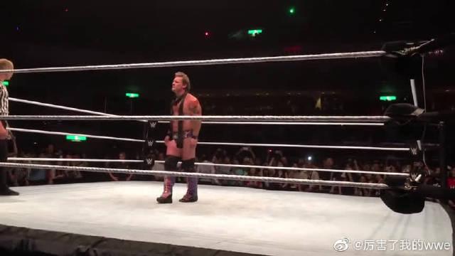 出场音乐魔性洗脑,WWE硬派大师中邑真辅激战克里斯杰里科现场版!