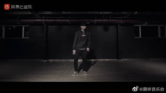 JULY (Kris Wu Solo Dance Edition) - 吴亦凡