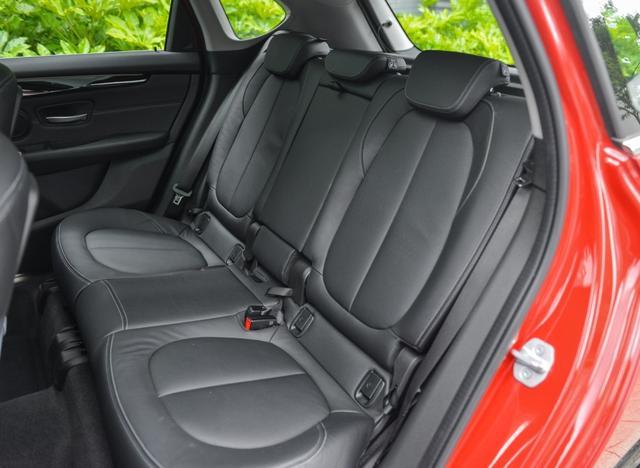 宝马2系旅行车:足以媲美SUV的诗与远方车型