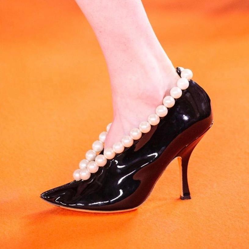 你需要和设计师一样:对鞋子越来越用心