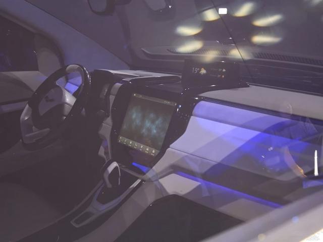 这台国产MPV太火了!没上市就预定5000台,让埃尔法都羡慕!