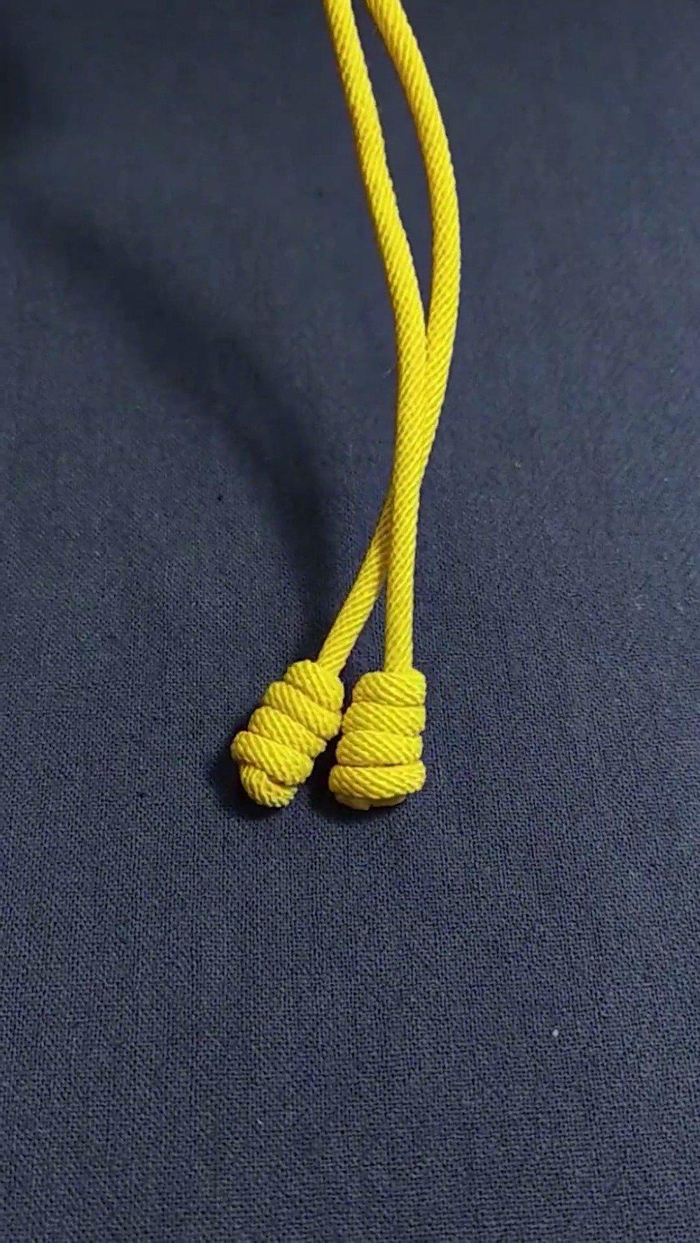 今天推出的编绳视频,是玩友新编的一个绳结:螺纹结