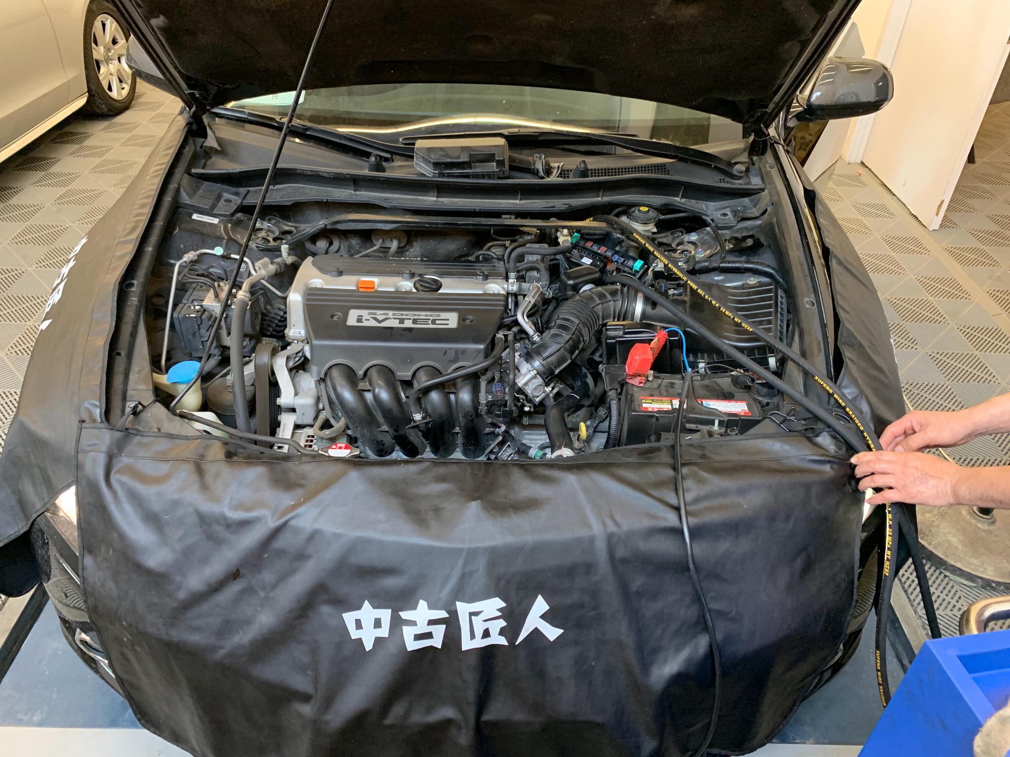 13款思铂睿types整备安排上了,车子卖到了广西桂林,不日板车
