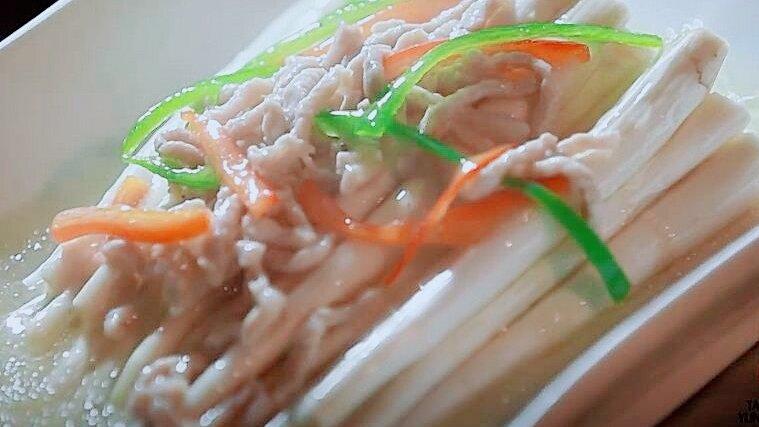 水稻田蔬菜:鲜草香融合肉香 草芽造就建水独特的菜肴