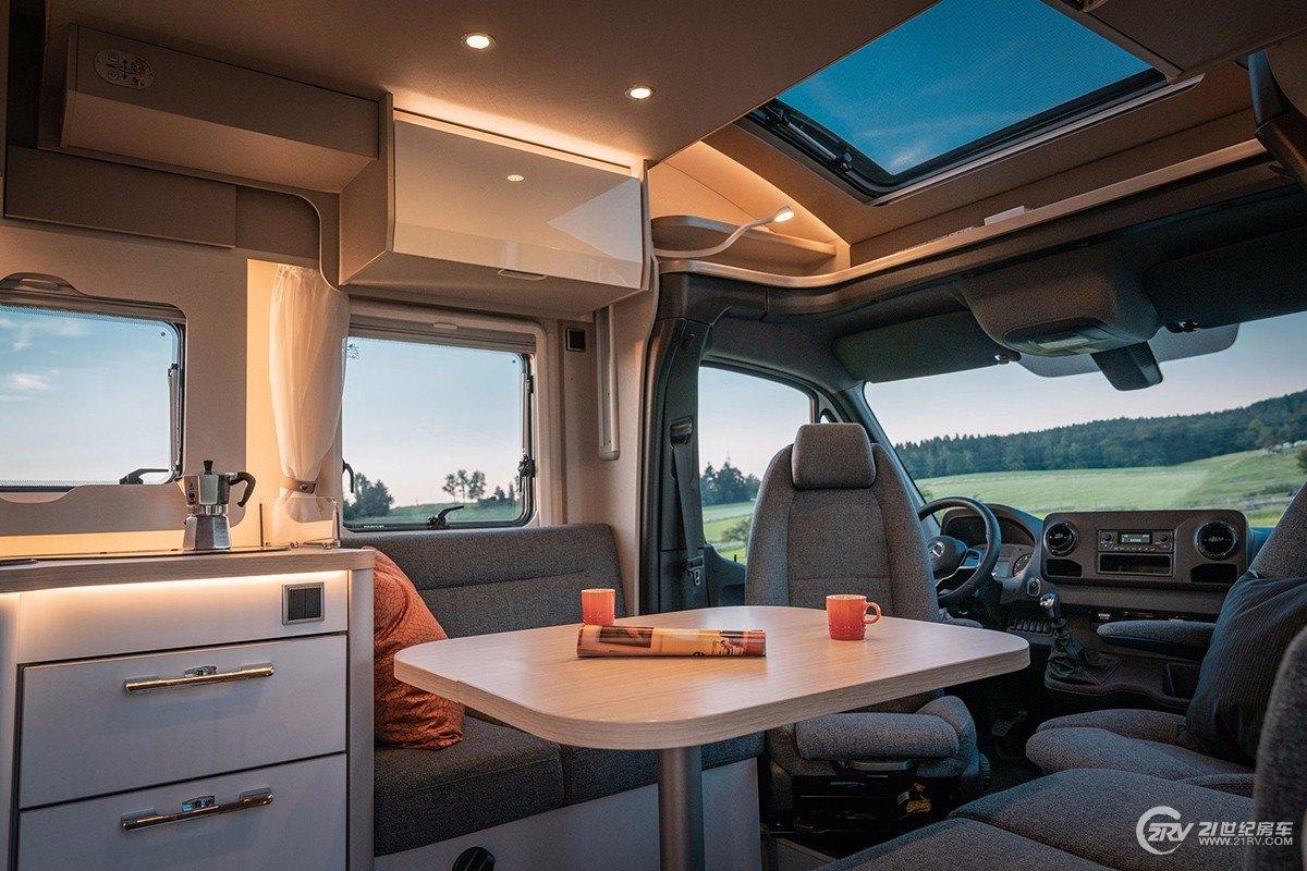 基于奔驰斯宾特打造!海姆房车发布全新奔驰系列房车