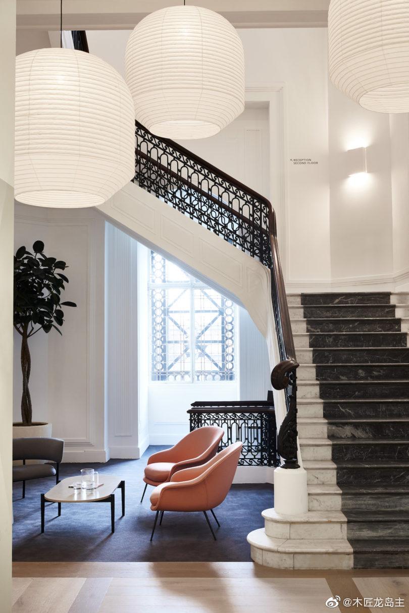 斯科特大厦(Scott House)是位于伦敦滑铁卢车站的极简主义灵活工作空