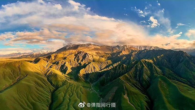 连接新疆和田地区策勒县山区板兰格、喀山、帕卡三个草原的昆仑天路