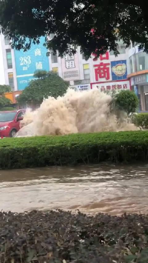 水中的黑色车会报废吗?