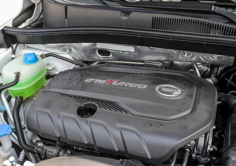 国产再添猛将,颜值不输CR-V,1.5T油耗7L,仅11万