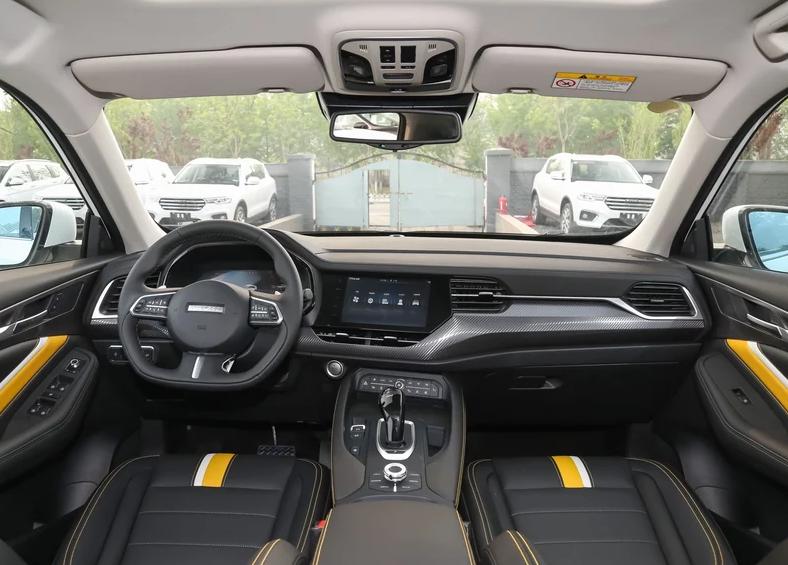 国产良心轿跑SUV,配1.5T破百仅需8.7s,仅11万