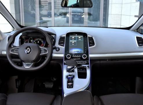 这款纯进口MPV,内饰堪比概念车7.9秒破百,25万起你还买GL8?