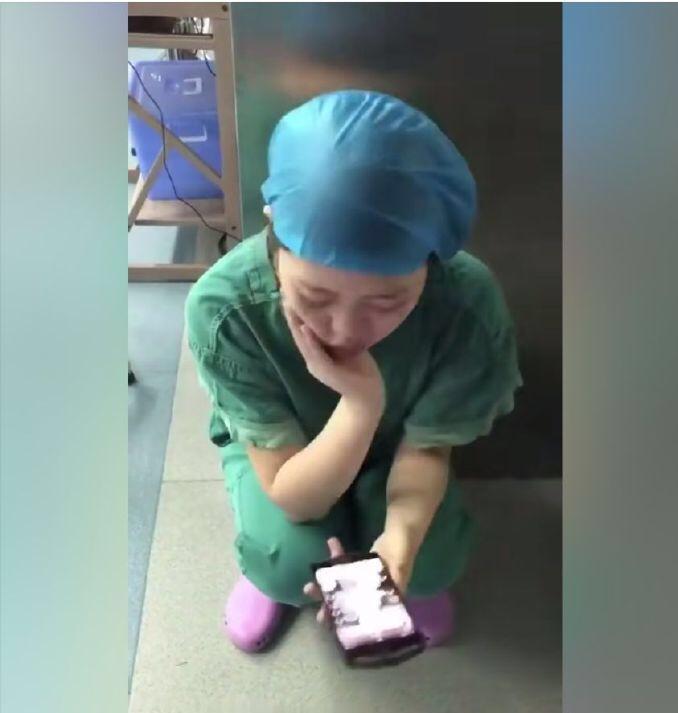 从几个小时的手术台上下来,收到分手的信息。。