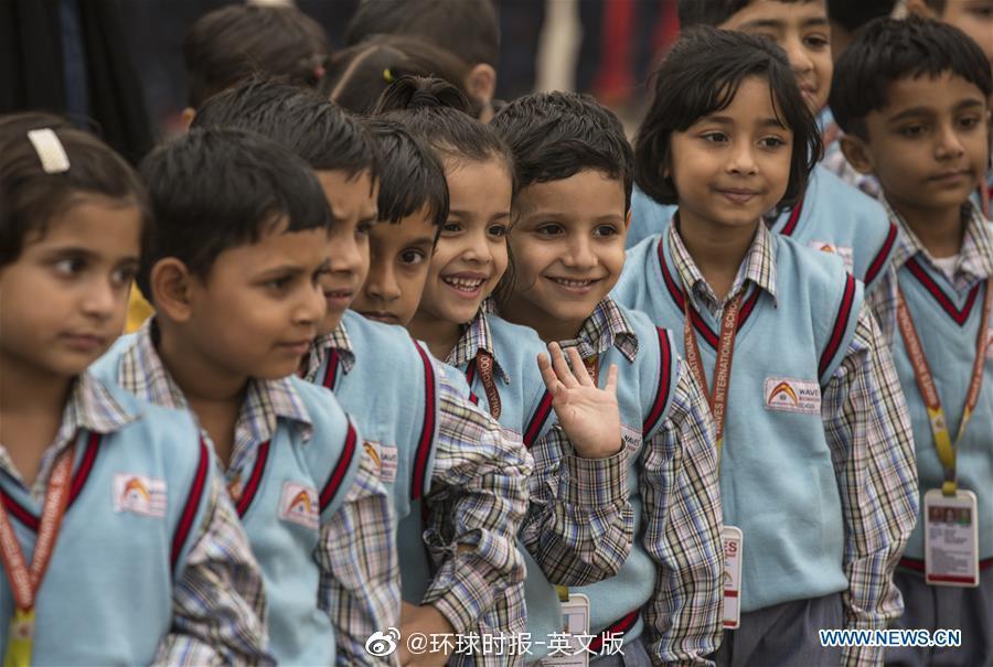 印度小学生庆祝儿童节