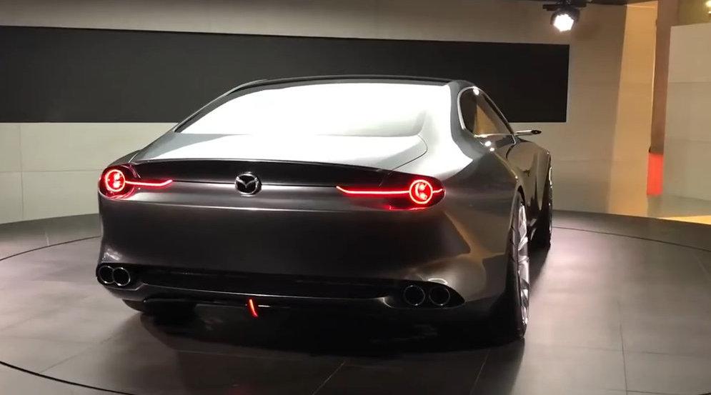 视频:买雅阁不如选它!马自达这车比起亚K4酷太多,连奥迪A6都肃然起敬