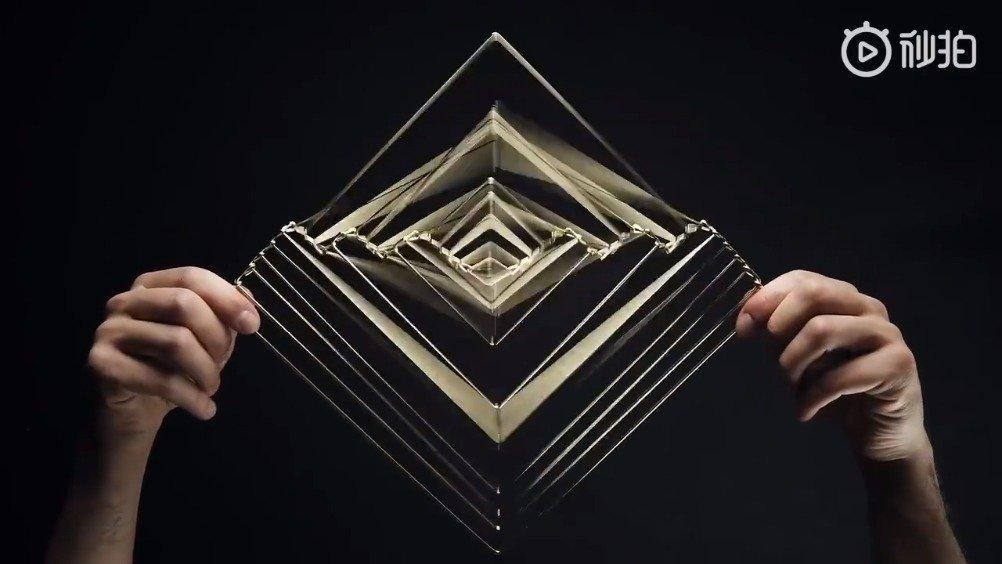 """艺术家 Ivan Black 用铁丝打造出""""Square Wave""""五维立体雕塑"""
