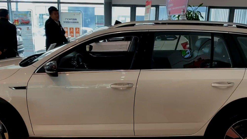 视频:一辆旅行车的空间优势究竟在哪里?来看看斯柯达明锐旅行版