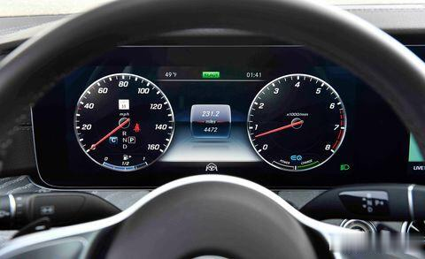 论豪华,比科技,争动力操控,C级轿跑奥迪A7与奔驰CLS谁强?