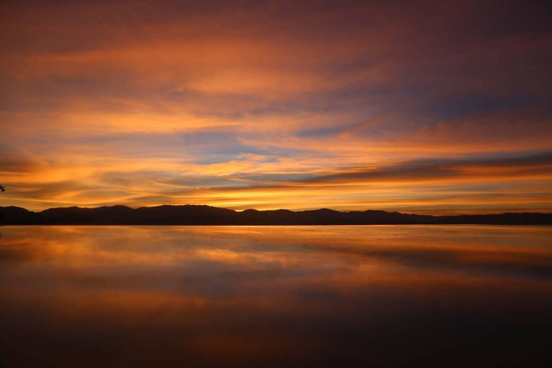 大理洱海的黄昏,宛若仙境