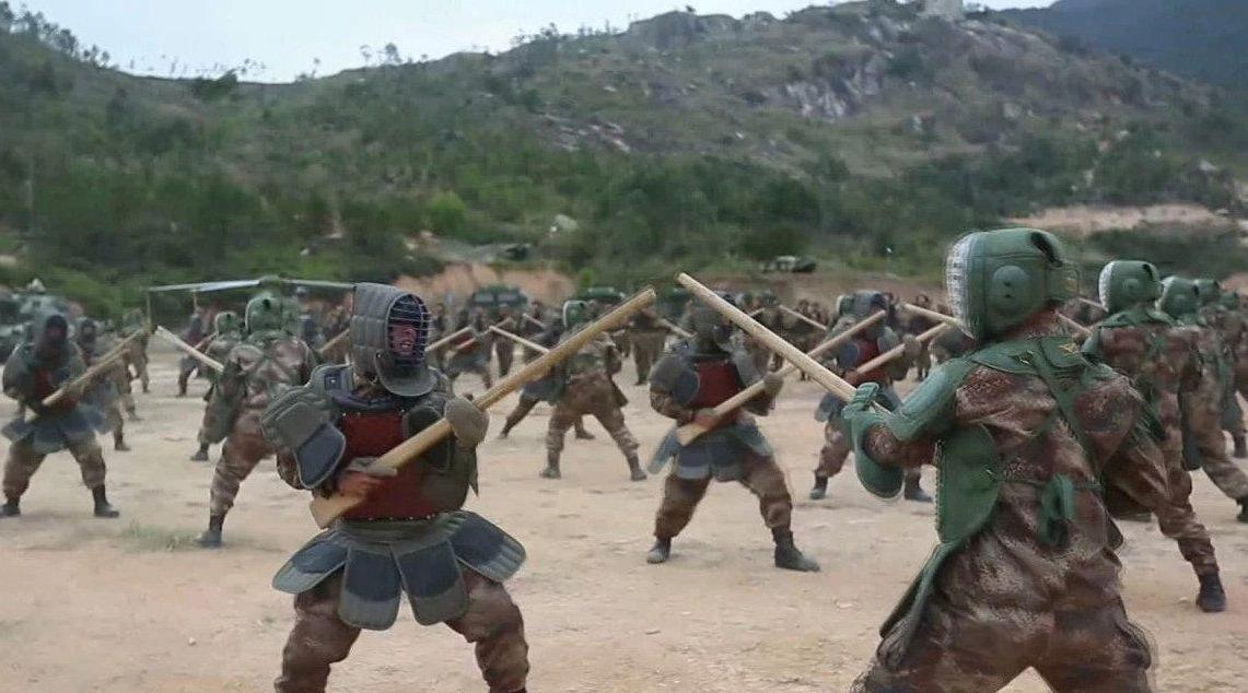 现场视频!新年开训战士们近身拼刺刀 杀声震天、硝烟弥漫