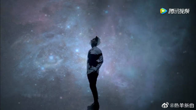 歌神杨宗纬演唱的《天灯》,这种空洞的感觉真好