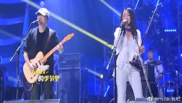 程琳、崔健合作演唱《迷失的季节》,两位音乐大咖的神作