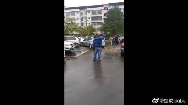 网友爆料:蓝山交警队发生交通事故,方便出警