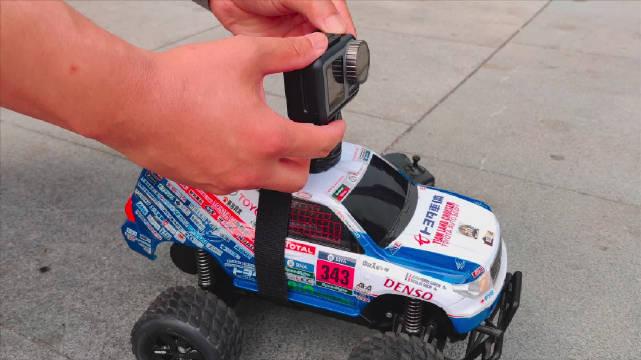 大疆OSMO ACTION运动相机防抖测试,这效果不服不行…友情提示