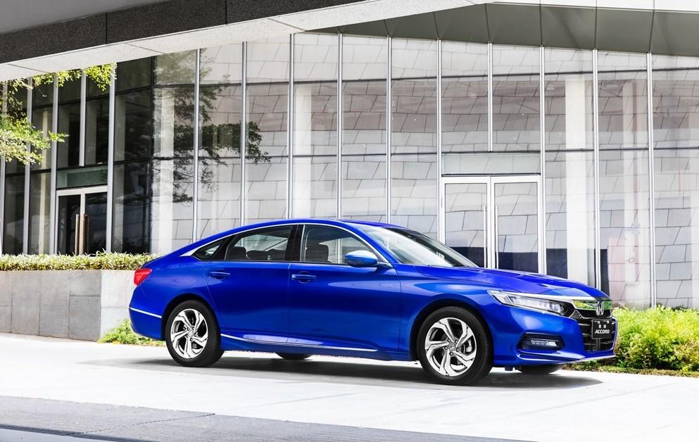 比亚迪新能源销量超燃油车,奇瑞销量超6万,东本刷新销量纪录!