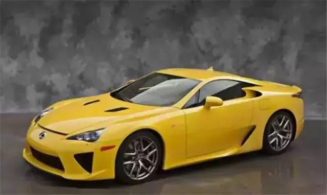 丰田这款车售价598.8万,全球仅500辆,有它不屑法拉利!