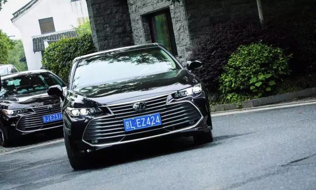 外观激进运动的亚洲龙开起来,还是一台舒适稳重的大车