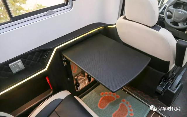 新全顺T型房车——既可优雅奢华,亦能温馨浪漫