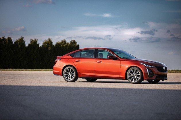 性能先行!凯迪拉克发布CT4-V、CT5-V两款性能车!
