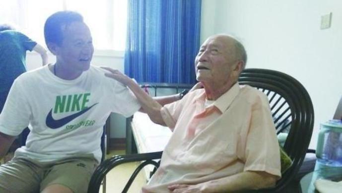 代表中国首次冲击世界杯的国脚之一、前国足主帅方纫秋逝世