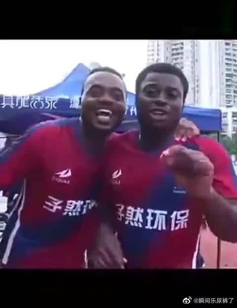 中文十级的非洲小伙,广告打的贼6