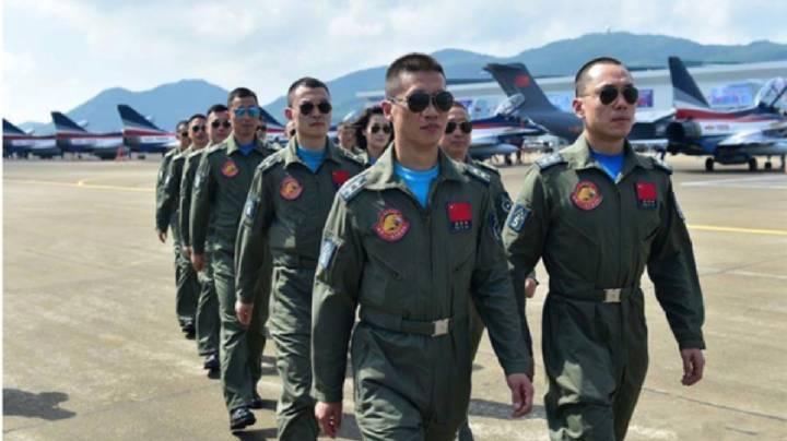 空军飞行员于海军飞行员的区别是什么?