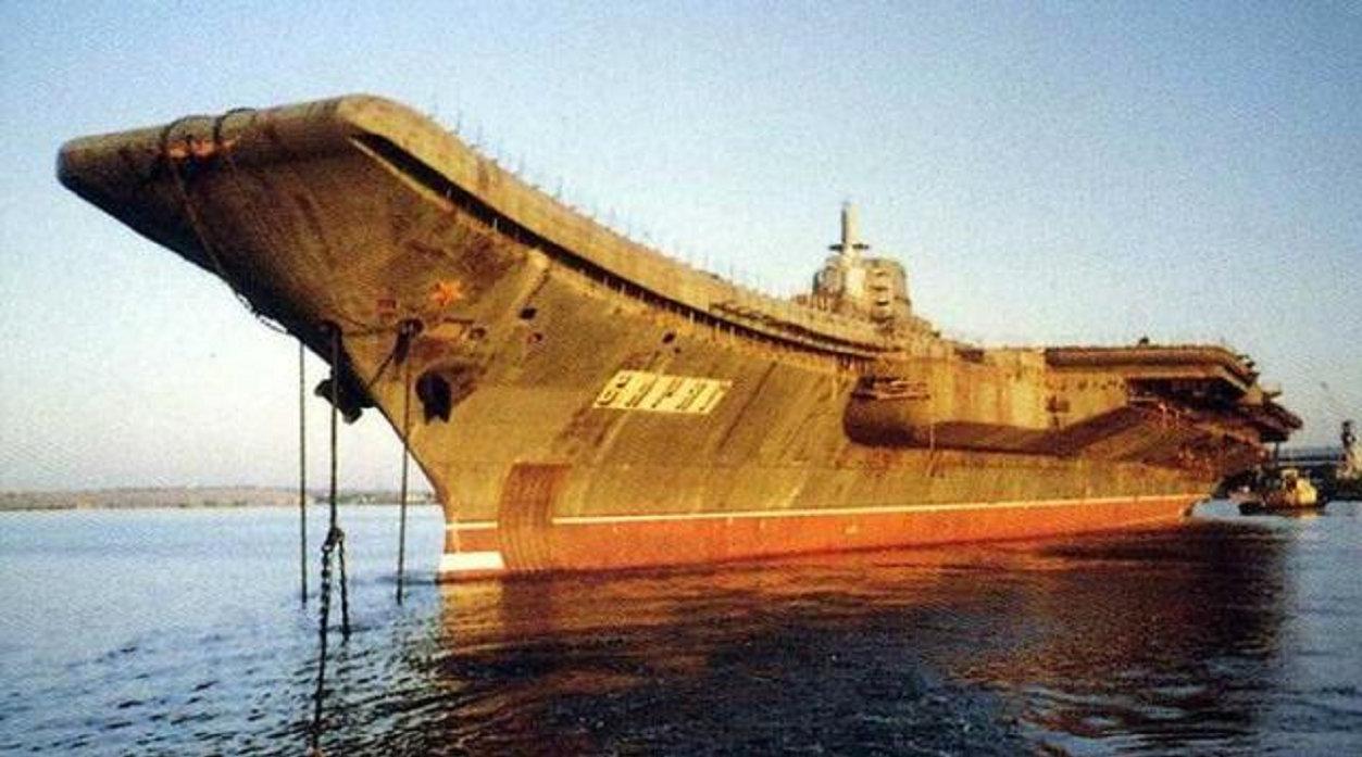中国先后买了4艘二手航母,为何只改造瓦良格号?今天才看懂原因