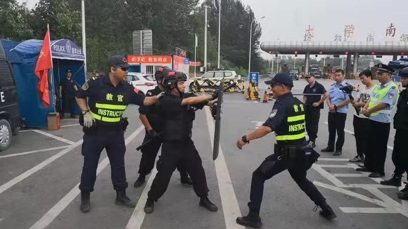 【我行动 我奉献 我监督】郑州8400余民警接受交管反恐等实战专项培训