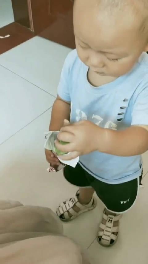 一根黄瓜解决了小朋友爱吃冰淇淋的大麻烦!