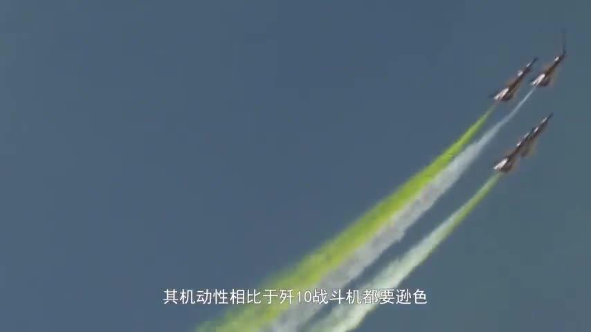 6架歼10空中上下翻滚,F22担心被发现火速逃离,从马六甲飞往关岛