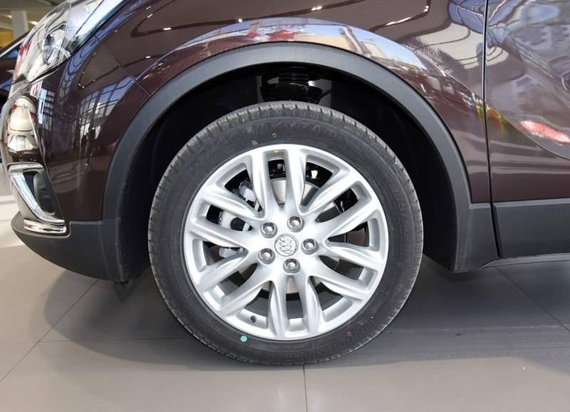 这款合资中型SUV搭载沃德十佳2.0T发动机 四驱国六版已降至20万