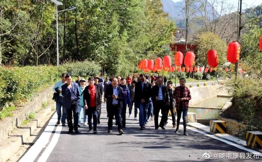 10月17日,省政协副秘书长、九三学社省委会专职副主委张鸣实